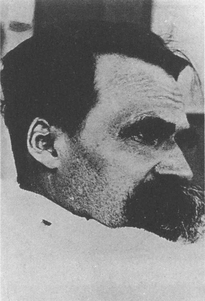 Friedrich Nietzsche - 1899 (02).jpg