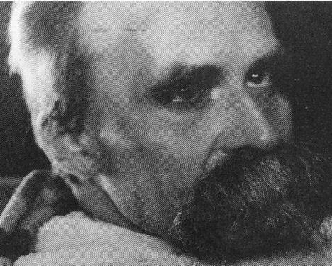 Friedrich Nietzsche - 1899 (13).jpg